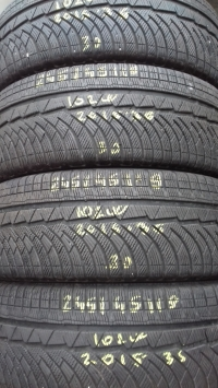 Michelin Alpin 4 102W(2015.36) 245/45 R19